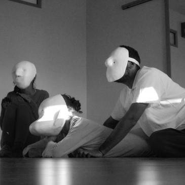Εργαστήριο: ΕΙΣΑΓΩΓΗ ΣΤΟΝ ΚΟΣΜΟ ΤΗΣ ΘΕΑΤΡΙΚΗΣ ΜΑΣΚΑΣ, με την ESTHER GONZALEZ και τη ΝΑΤΑΣΣΑ ΖΟΥΚΑ